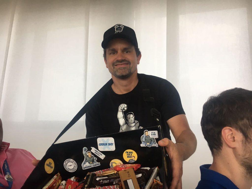 Marcus Tandler Bauchladen 1024x768 - Recap OnPage.org / Ryte.com Expert Event 20.06.2017 in Düsseldorf